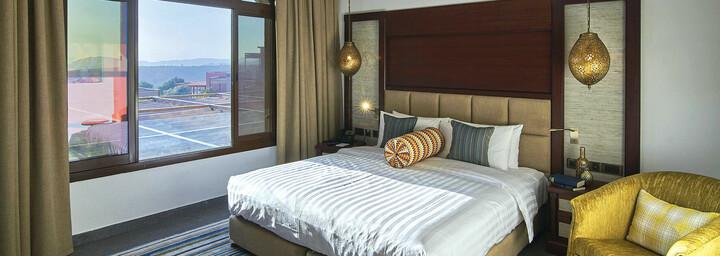 Zimmerbeispiel des Sahab Resort & Spa
