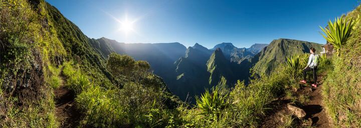Blick auf den Talkessel von Mafate auf der Insel La Réunion