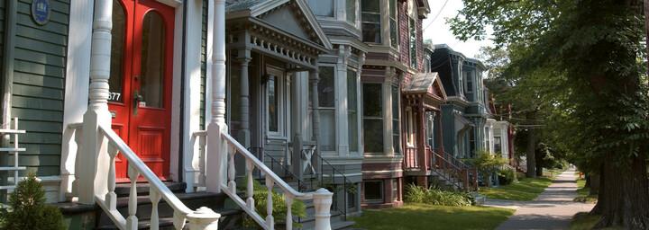 Häuseralle in Halifax