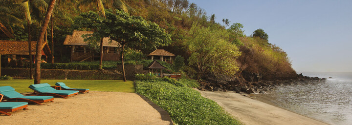 Strand des Jeeva Klui Resort auf Lombok