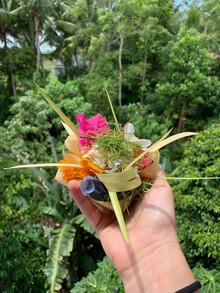Reisebericht Bali Opfergabe für Tempel