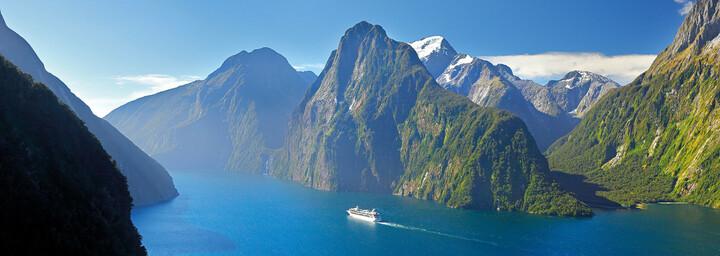 Milford Sound mit dem Schiff