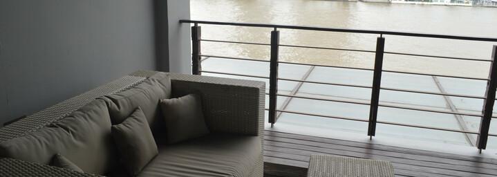 Riva Surya Hotel Terrasse am Chao Phraya River