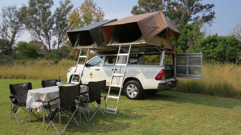 Bushlore Toyota Hilux 4x4 Safari Camper mit 2 Zelten