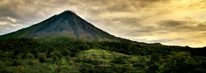 Aktiver Vulkan Arenal in Fortuna