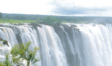 Victoria Falls & Hwange Nationalpark Fly-In Tour