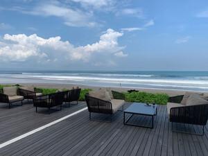 Reisebericht Bali Alila Seminyak Terrasse