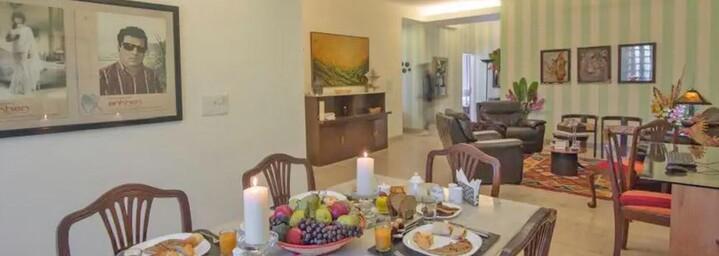Lounge des Colonel's Retreat Delhi