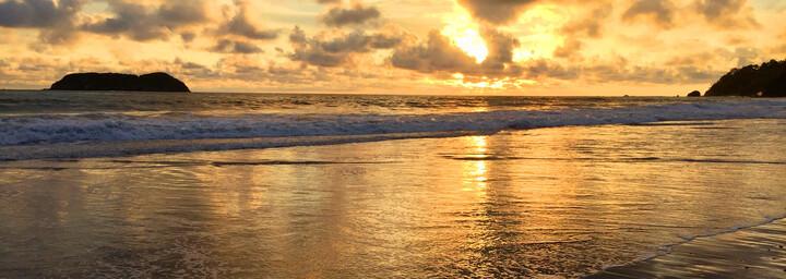 Sonnenuntergang im Manuel Antonio Nationalpark