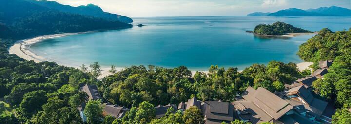 Luftaufnahme des The Andaman - A luxury Collection Resort auf Langkawi