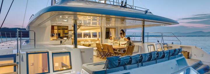 Deck Katamaran Lagoon 620