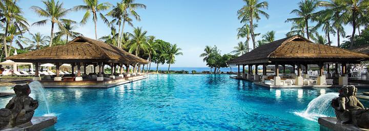 Pool im InterContinenal Bali Resort