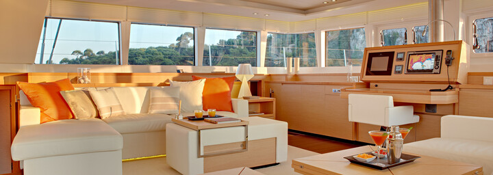 Dream Yacht Charter Innenbereich