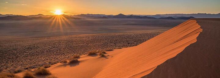 Sonnenuntergang in de Namib Wüste