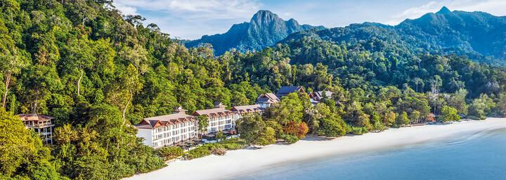 Außenansicht des The Andaman - A luxury Collection Resort auf Langkawi