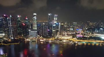 Blick aus der Bar des Marina Bay Sands in Singapur