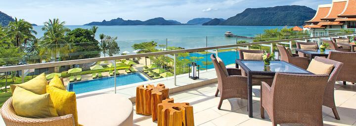 Terrasse mit Meerblick im The Westin Langkawi Resort & Spa