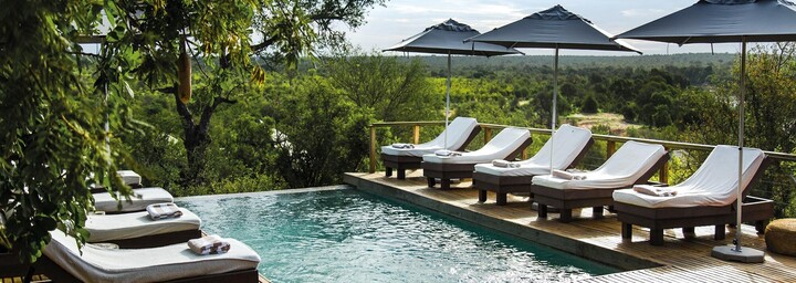 Pool der Hilltop Lodge