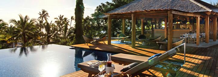Pool & Bar des Zuri Zanzibar Hotel & Resort