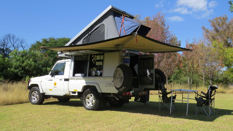 Bushlore Toyota Landcruiser Bushcamper mit Zelt