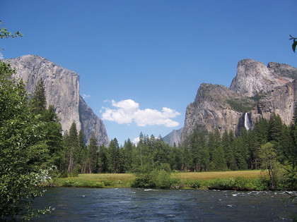 Yosemite Valley mit Fluss Yosemite Nationalpark