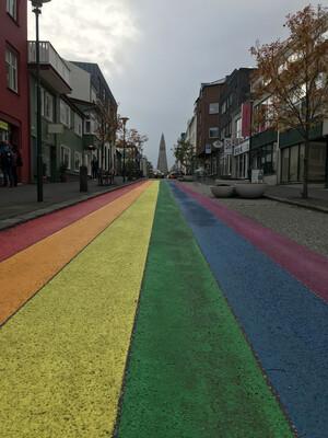 Regenbogenstraße in Reykjavik