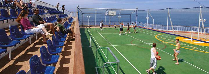 Tennisplatz der Norwegian Jewel
