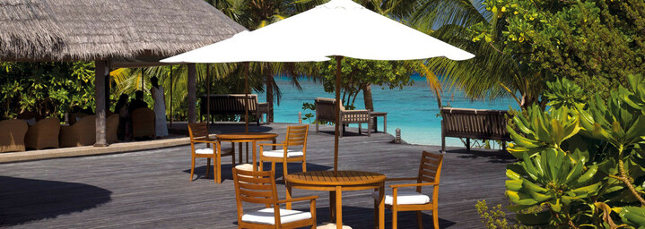 Coco Palm Dhuni Kolhu - Conch Bar Malediven