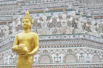 Reisebericht Kambodscha: Wat Arun am Ufer des Chao Phraya Rivers in Bangkok