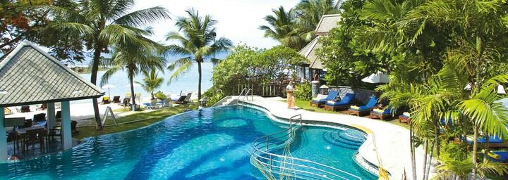 Pool der Centara Villas Samui