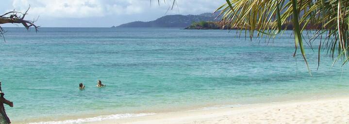 Grooms Beach Resort - Strand
