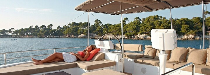Dream Yacht Charter Blue Lagoon 620 - Deck