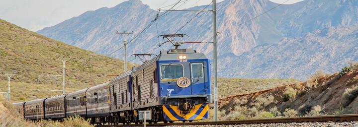 Fahrender Blue Train Südafrika