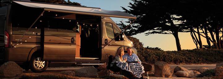 Apollo Camper - US Tourer in Landschaft
