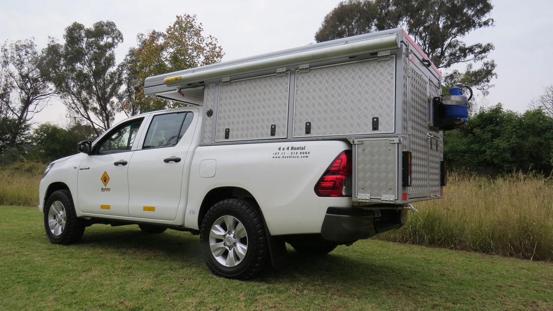 Bushlore Toyota Hilux Bushcamper von außen